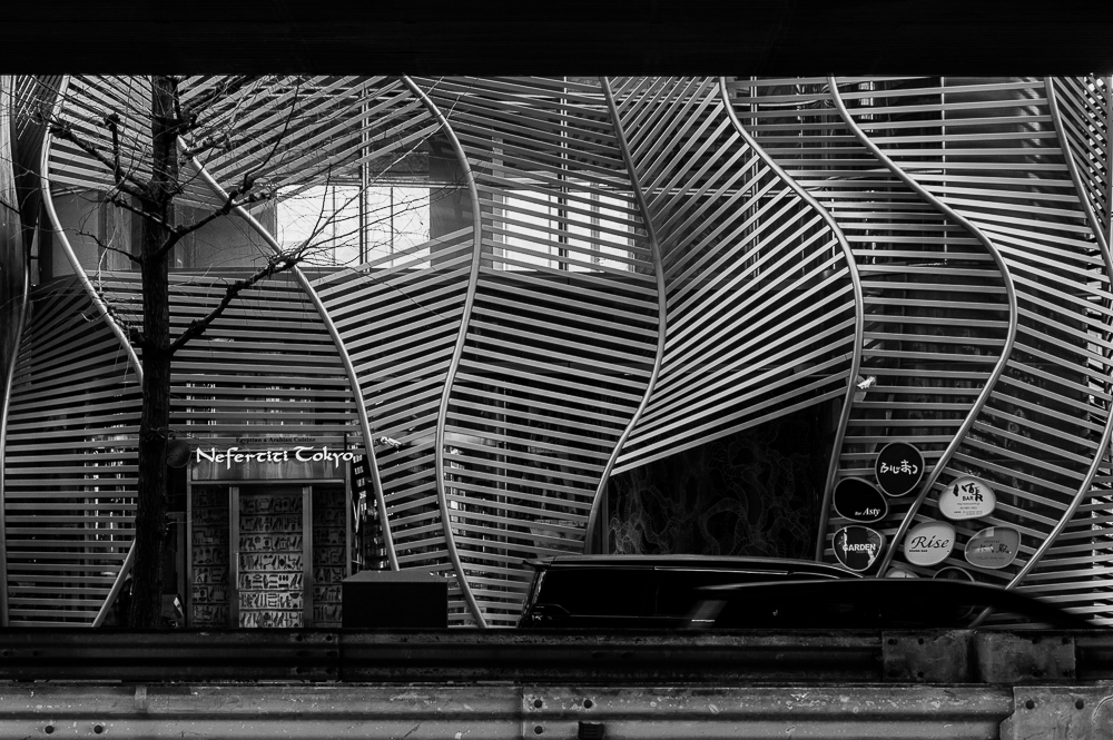 モノクロの建物