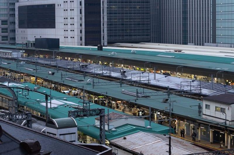 東京駅のホームの写真