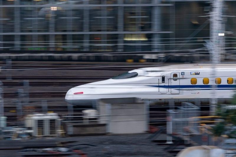 新幹線流し撮りの写真